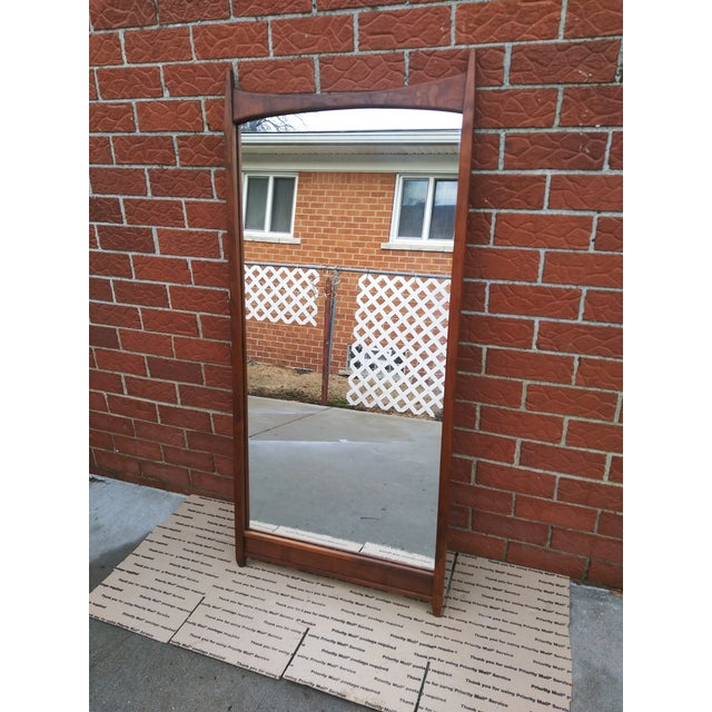 Brown 1960s Vintage Merton Gershun for Dillingham Espirit Collection Walnut Wall Mirror For Sale - Image 8 of 9