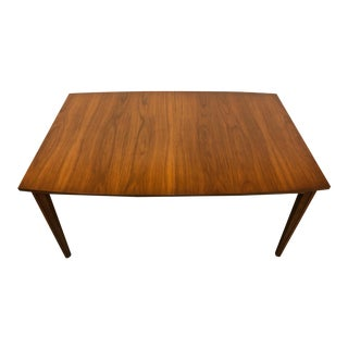 Mid-Century Modern Walnut Dining Table With 2-Extensions ~ by United Furniture For Sale