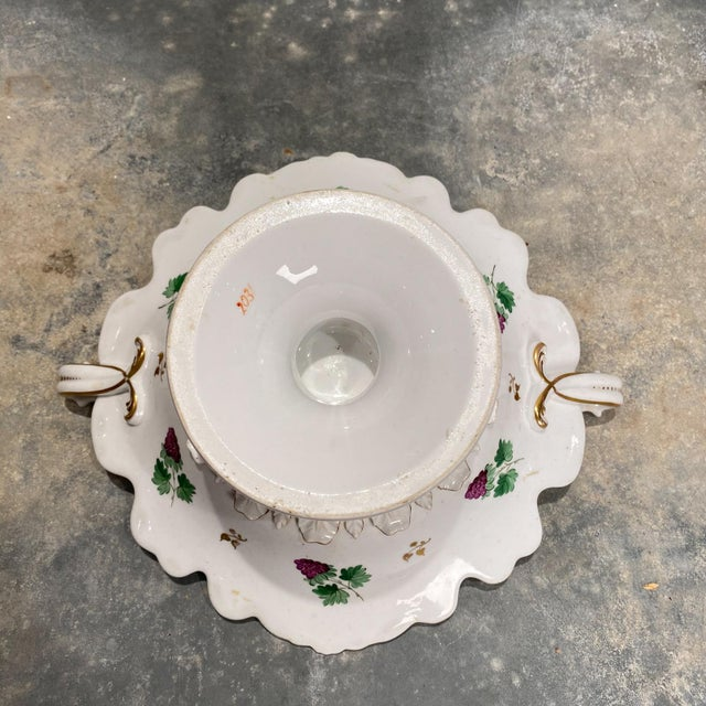 19th Century English Porcelain Footed Bowl For Sale - Image 4 of 8