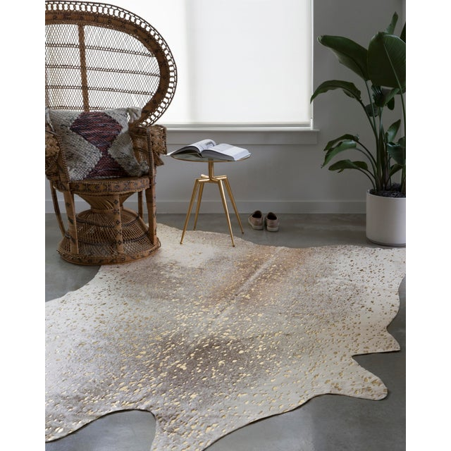 "Contemporary Loloi Rugs Bryce Rug, Pewter / Gold - 6'2""x8' For Sale - Image 3 of 5"