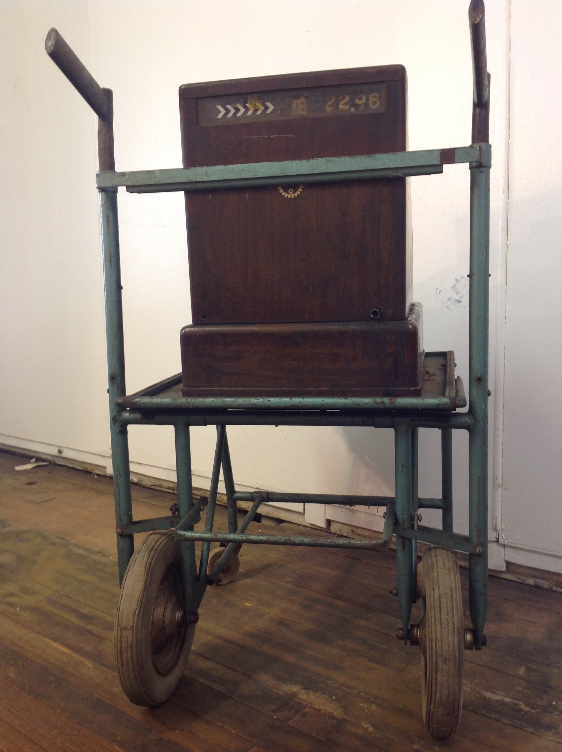 40s Cash Register With Repair Shop Cart   Image 5 Of 11