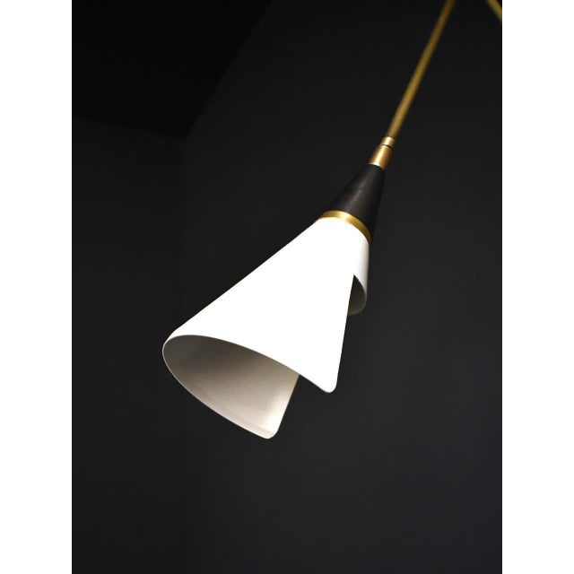 Magari Adjustable Wall Lamp in Black, White and Brass by Blueprint Lighting For Sale In New York - Image 6 of 9