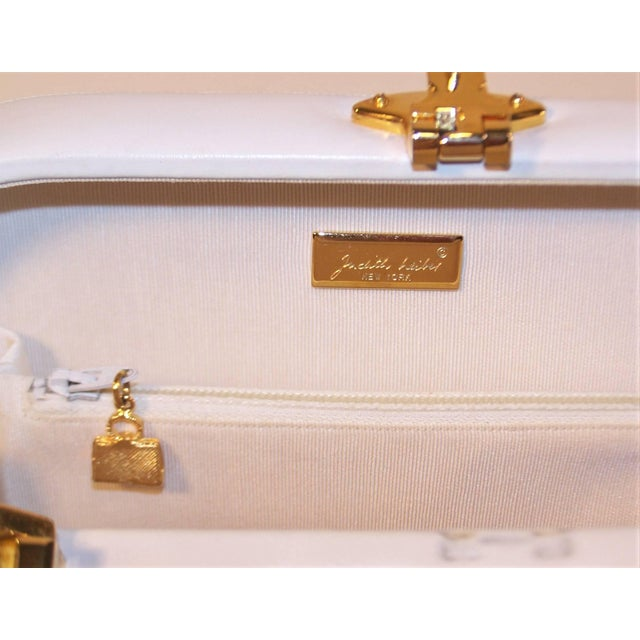 Animal Skin C.1990 Judith Leiber White Leather Box Handbag With Convertible Handles For Sale - Image 7 of 11