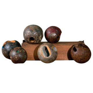 1900s Antique Wooden Game Balls From Belgium- Set of 6 For Sale