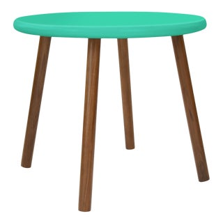 "Peewee Small Round 23.5"" Kids Table in Walnut With Mint Finish Accent For Sale"