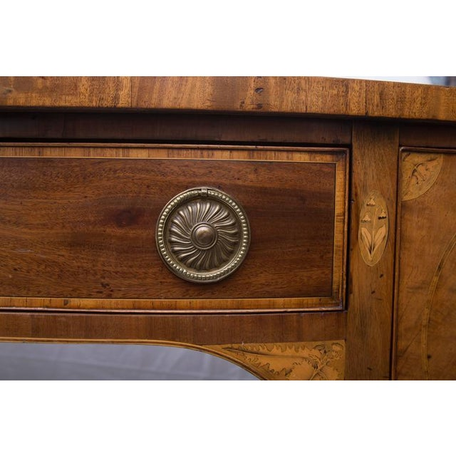 Brown 18th Century English George III Mahogany Inlaid Serpentine Sideboard For Sale - Image 8 of 9