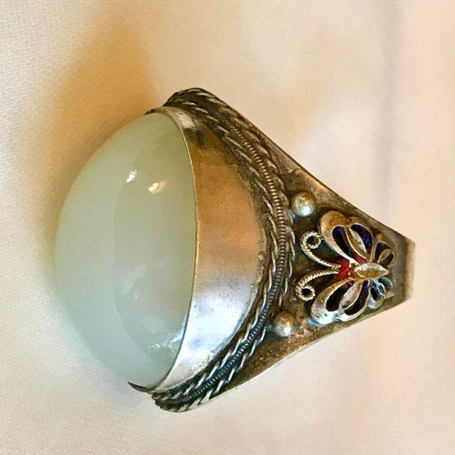 Asian 1930s Chinese Silver-Plated Serpentine Cabochon Ring For Sale - Image 3 of 7