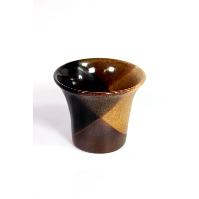 """1970's David Cressey Flame Glaze """"Vino"""" Decanter & Cup Set by Pottery Craft - Set of 4 For Sale In Los Angeles - Image 6 of 9"""
