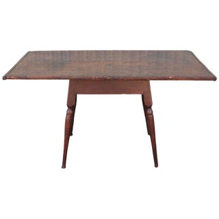 18th Century New England Tavern/Coffee Table With Exceptional Patina For Sale