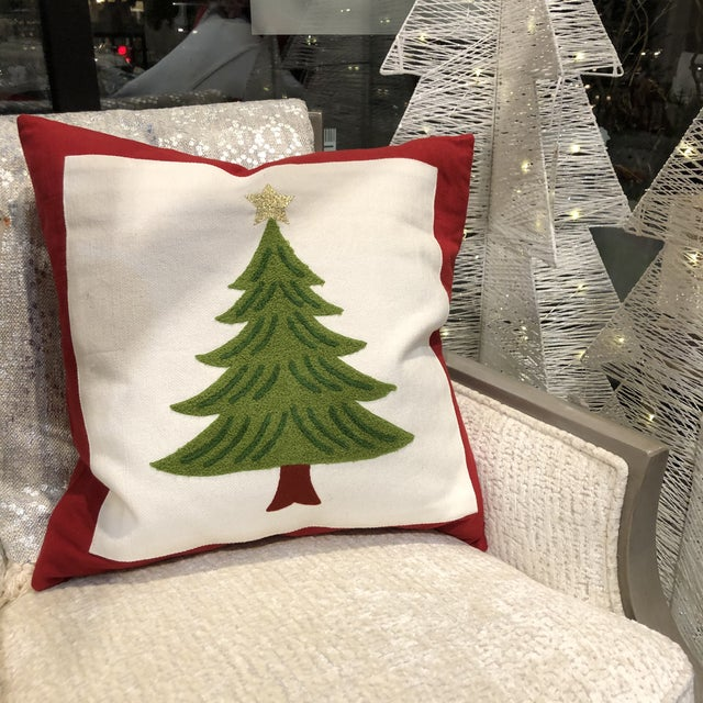 Kenneth Ludwig Chicago Americana Embroidered Christmas Tree Pillow For Sale - Image 4 of 6