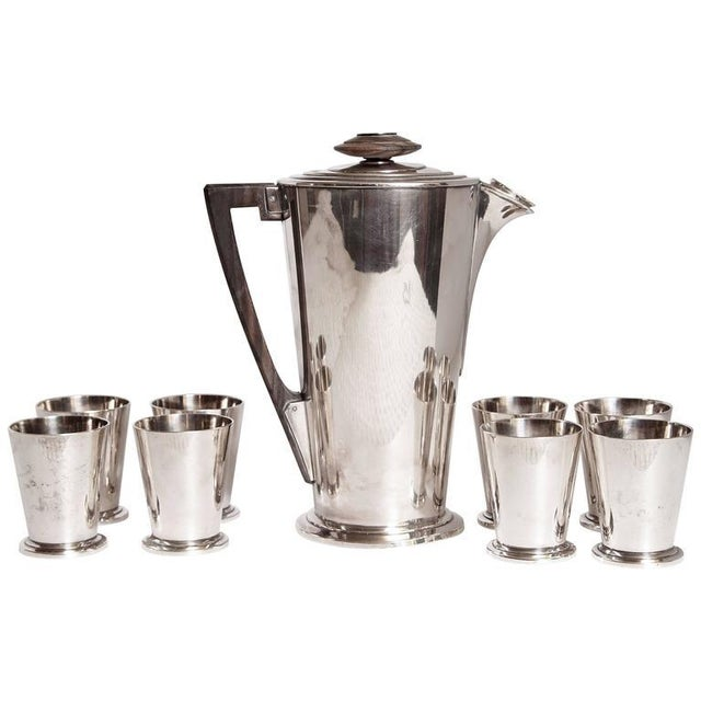 Ile de France Art Deco Meriden International Silver Cocktail Set with Eight Cups For Sale - Image 11 of 11