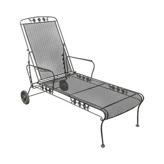 Woodard Briarwood Black Wrought Iron Expanded Metal Patio Chaise Lounge For Sale