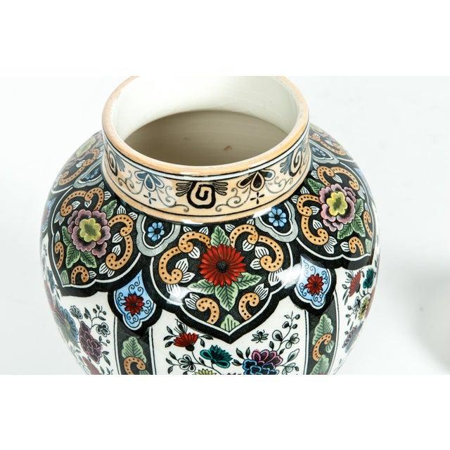 Vintage Dutch Porcelain Covered Urn For Sale In New York - Image 6 of 13