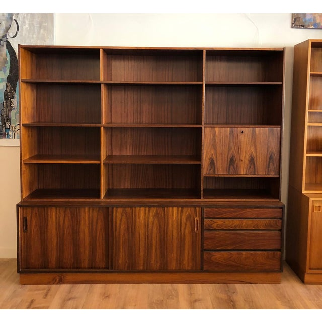 Danish MCM Rosewood 2 Piece Display/Credenza With Drop Leaf Bar For Sale - Image 13 of 13
