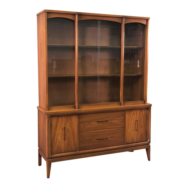 Mid-Century Modern China Cabinet / Display Case / Bookcase For Sale