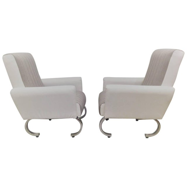 Metal Mid-Century Exclusive Pair of Sleek Italian Armchairs With Curved Metal Base For Sale - Image 7 of 7