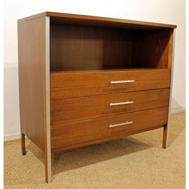 Mid-Century Danish Modern Paul McCobb Calvin Group Bachelor Chest/Media Center For Sale - Image 11 of 11