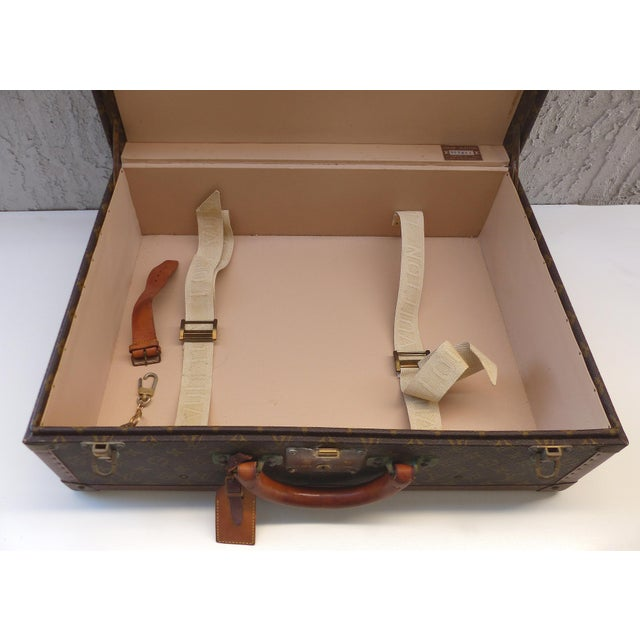 Gold Louis Vuitton Hard Case Suitcase, 1950s For Sale - Image 8 of 11