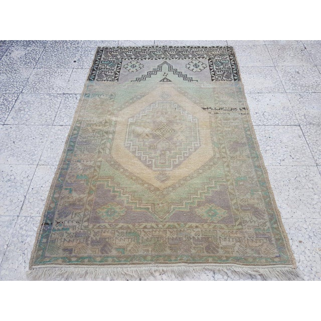 1970s Vintage Turkish Oushak Distressed Handmade Rug - 3′8″ × 5′8″ For Sale In Dallas - Image 6 of 6