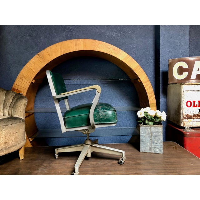 Love this workhorse—an original vintage Steelcase Industrial Swivel Office Armchair! Features ample room and exceptionally...