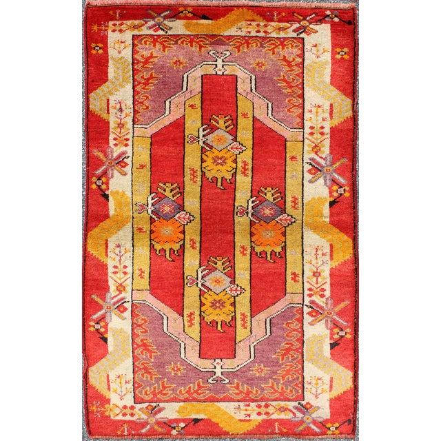 Textile Keivan Woven Arts, L11-0802, 1920s Antique Turkish Oushak Rug - 3′ × 4′10″ For Sale - Image 7 of 7