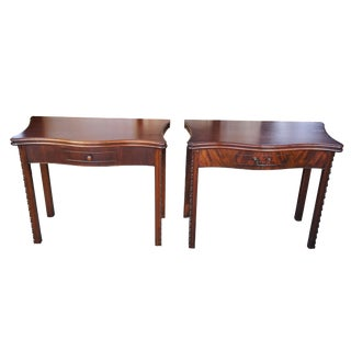 1900s English Gate Leg Folding Entryway Side Tables - a Pair For Sale