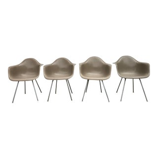 Herman Miller Eames Dag Chairs - Set of 4 For Sale