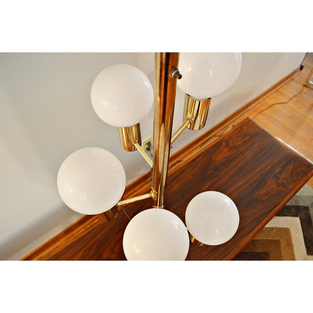 Mid-Century Space Age Descending Ball Table Lamp - Image 3 of 7