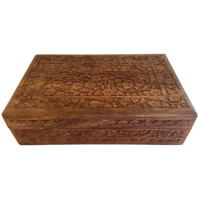 Early 20th Century Anglo Raj Hand-Carved Wooden Decorative Jewelry Box For Sale - Image 13 of 13