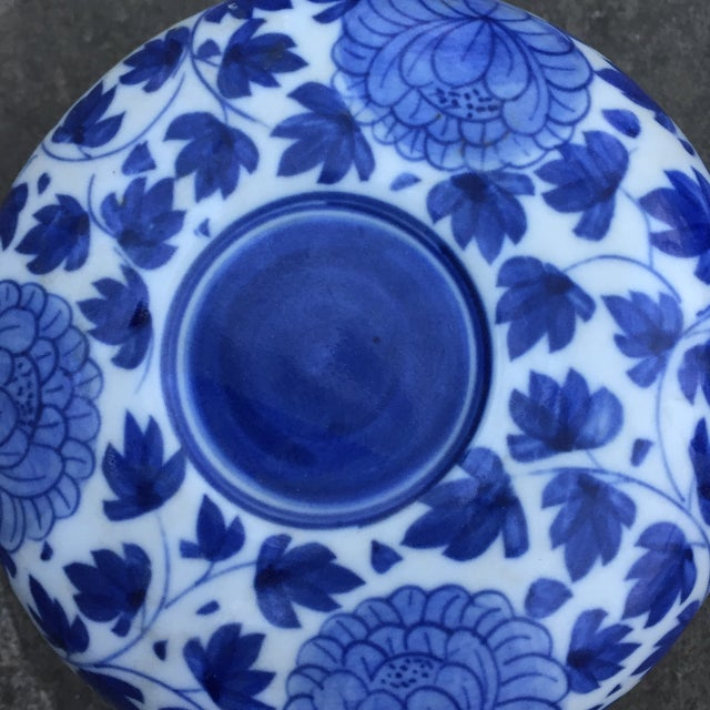 Vintage Chinese Blue White Floral Trinket Box For Sale In Baltimore - Image 6 of 8