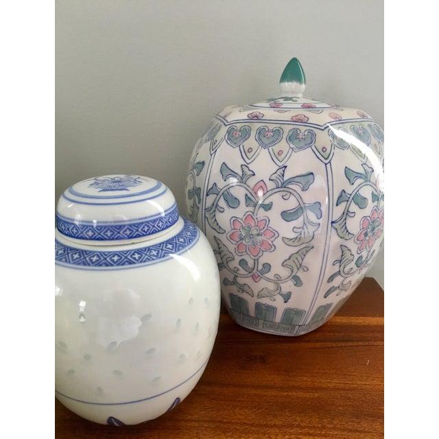 """Blue Vintage Blue & White """"Rice Flower"""" Pattern Ginger Jar For Sale - Image 8 of 8"""