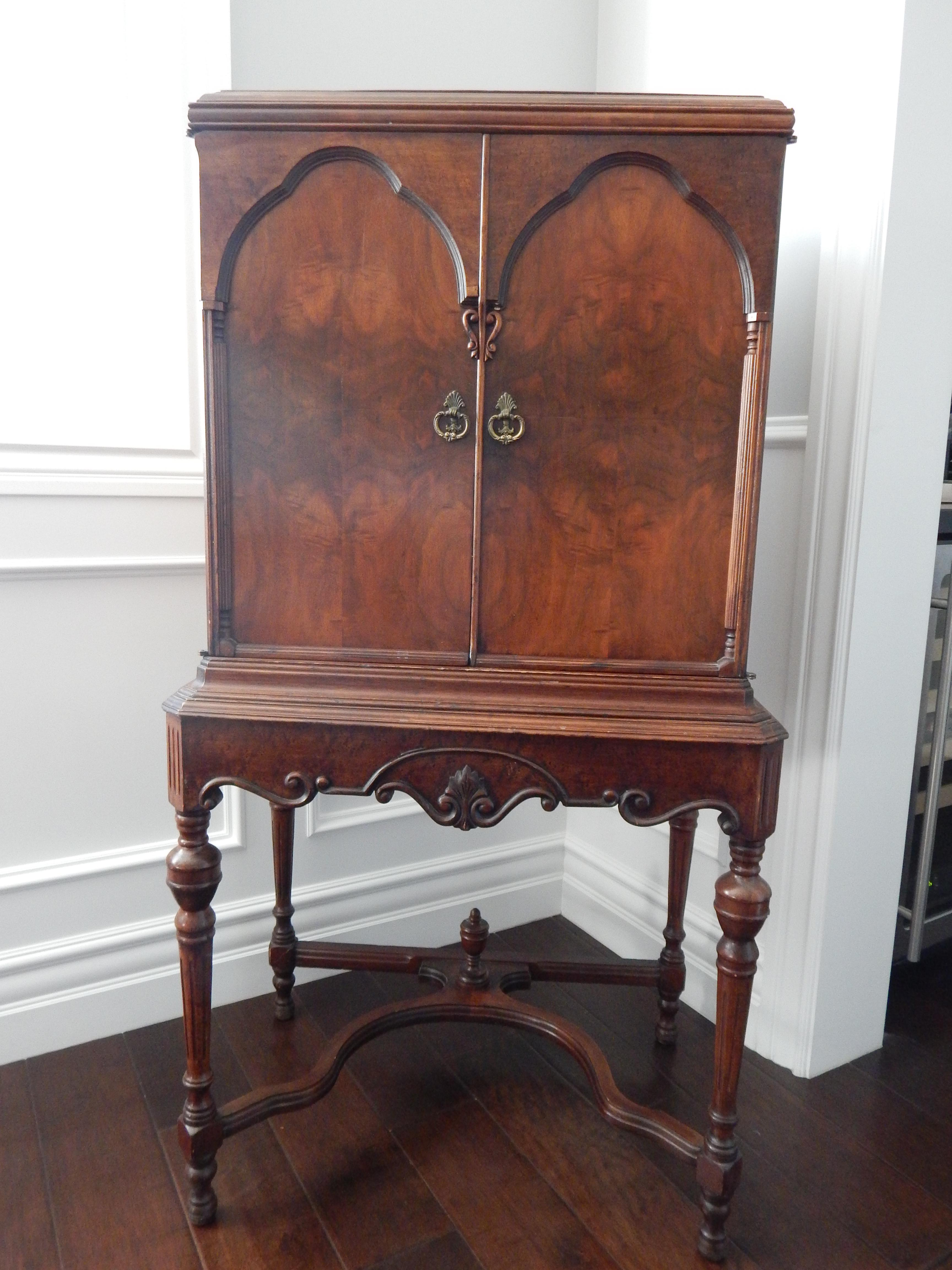 Attractive Vintage Cabinet Dating From The 1940s. Originally A Radio Cabinet  But Now Ideal For