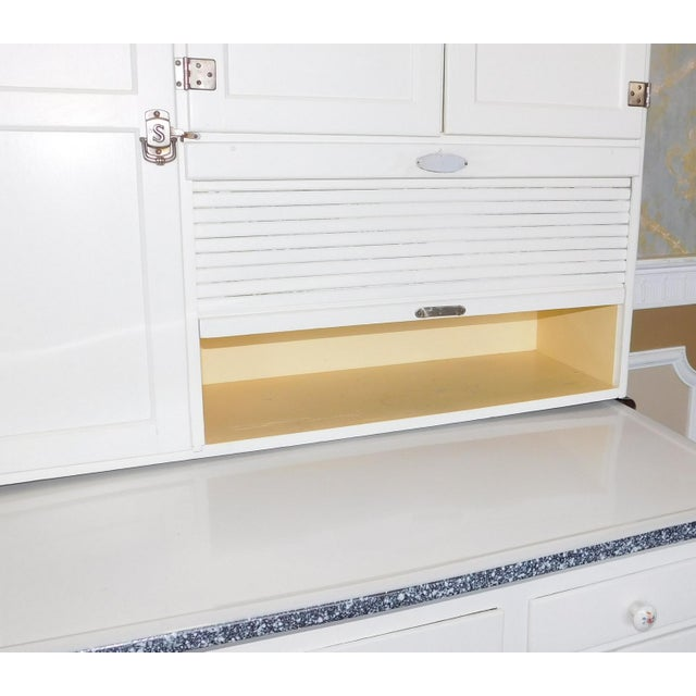 White Antique Sellers Restored Painted White Hoosier Kitchen Cabinet C1890 For Sale - Image 8 of 13