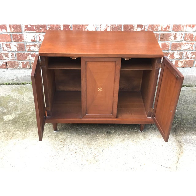 1960s Mid-Century Modern American of Martinsville Inlay Walnut Cabinet For Sale - Image 9 of 13