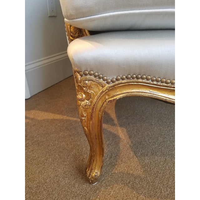 1960s Louis XV Gilt Wood and Fortuny Silver Silk Blend Upholstered Bergere Chairs - a Pair For Sale In Atlanta - Image 6 of 12