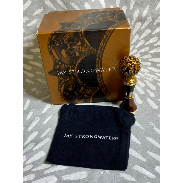 Jay Strongwater Enamel & Rhinestone Bottle Stopper & Stand For Sale - Image 9 of 10