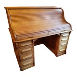 Image of 20th Century Traditional Oak Rolltop Desk For Sale
