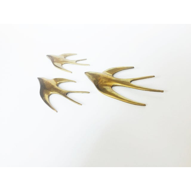 Set of 3 Vintage Brass Swallow Bird Wall Hangings - Image 3 of 6
