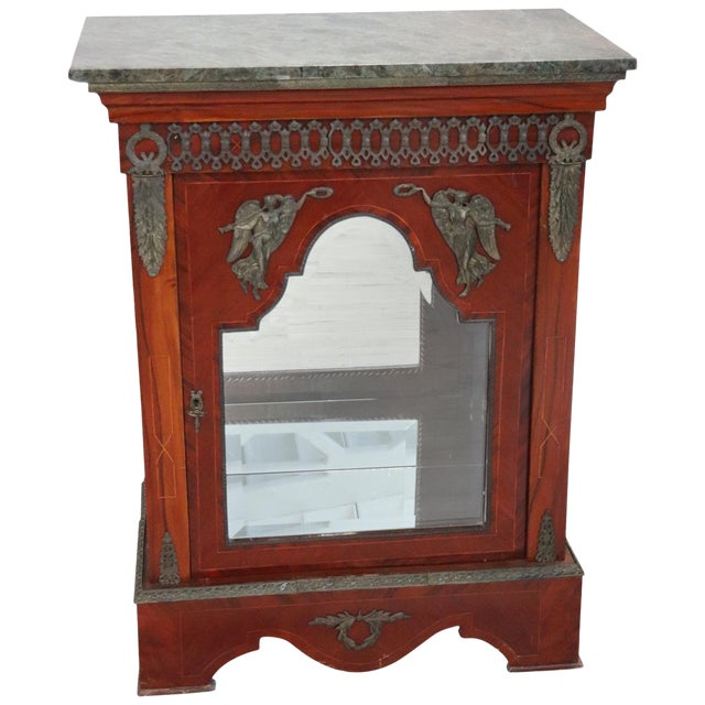 19th Century French Napoleon III Walnut Cabinet or Vetrine With Green Marble Top For Sale