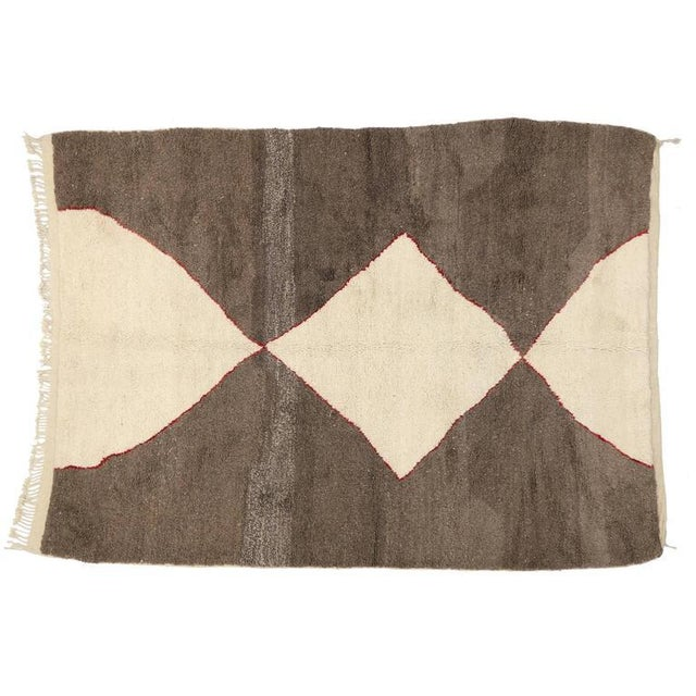 Berber Tribes of Morocco Minimalist Berber Moroccan Rug with Mid-Century Modern Design For Sale - Image 4 of 5