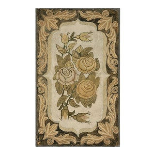 """Antique American Hooked Rug 2'7"""" X 4'8"""" For Sale"""