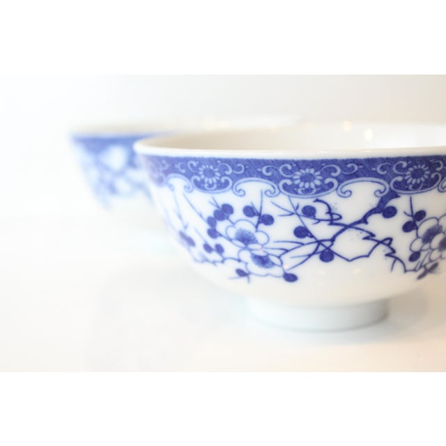 Asian Vintage Blue and White Chinese Rice Bowls - a Pair For Sale - Image 3 of 7