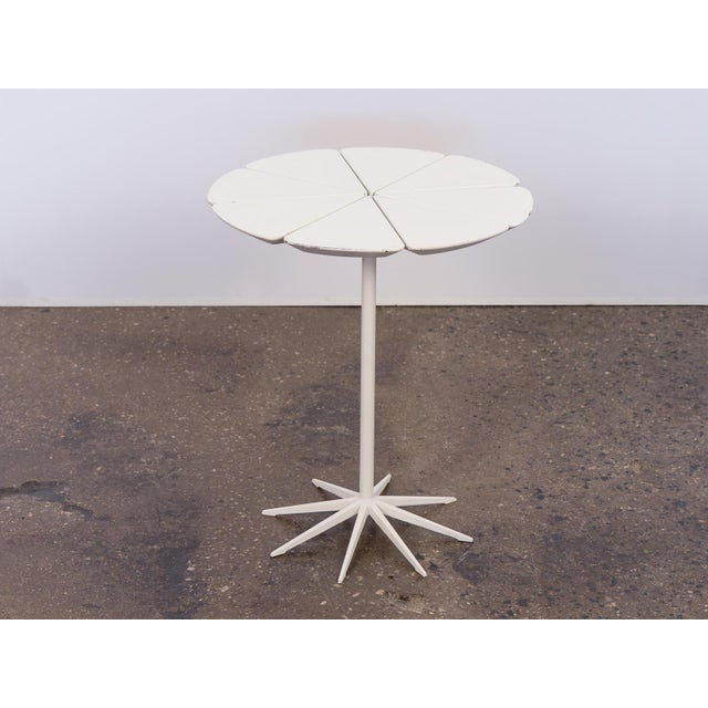 Mid-Century Modern Richard Schultz Petal End Table for Knoll For Sale - Image 3 of 8