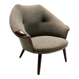 Mid-Century Modern Low-Back Lounge Chair, Newly Reupholstered For Sale