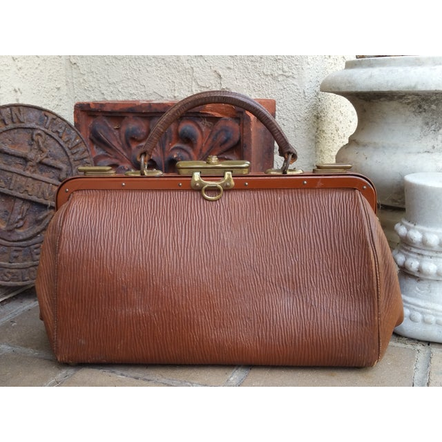 Victorian Leather Gladstone Bag - Image 4 of 7