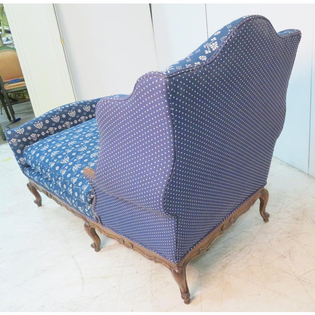 French Louis XV Trouvailles Style Blue Upholstered Chaise Lounge For Sale - Image 3 of 7