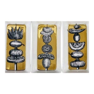1960s Piero Fornasetti Gold Appetizer Dishes on Original Tray with Skewer Pattern - Set of 6