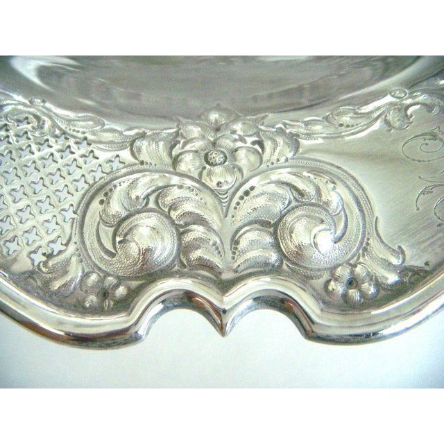 Early 20th Century Antique Lloyd, Payne & Ariel Silver Cake Stand, Swing Handle For Sale - Image 5 of 6
