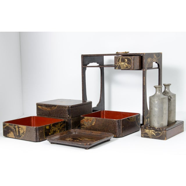 Japanese Lacquer Picnic Set Box For Sale In West Palm - Image 6 of 9