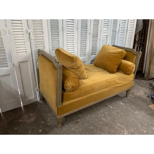 Mid-Century Modern Early 18th Century Swedish Neoclassical Daybed For Sale - Image 3 of 9